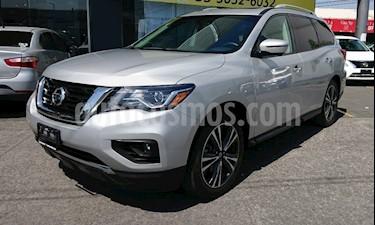 Nissan Pathfinder Exclusive 4x4 usado (2017) color Plata precio $435,000