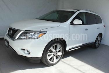 Nissan Pathfinder 5p Exclusive V6/3.5 Aut usado (2014) color Blanco precio $299,000