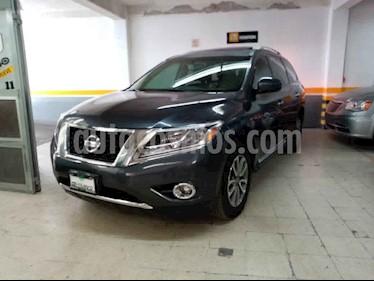 Nissan Pathfinder 5p Advance V6/3.5 Aut usado (2014) color Gris precio $299,000