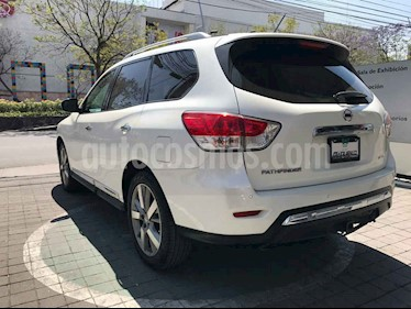 Nissan Pathfinder 5p Exclusive V6/3.5 Aut AWD usado (2016) color Blanco precio $369,000