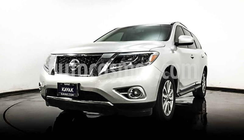 Nissan Pathfinder Advance usado (2014) color Plata precio $259,999