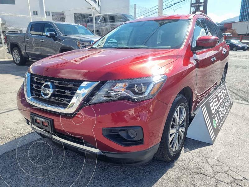 Foto Nissan Pathfinder Sense usado (2017) color Rojo precio $388,000
