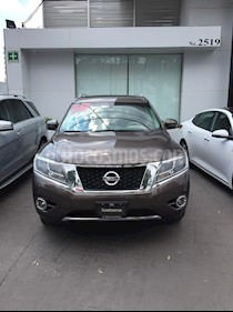 Nissan Pathfinder Exclusive 4x4 usado (2015) color Bronce precio $260,000