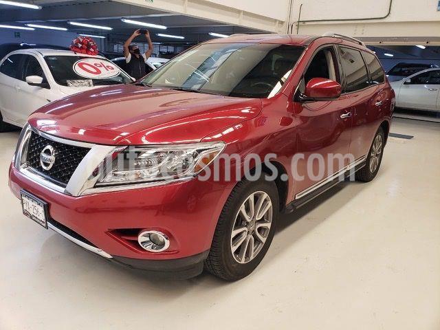 Nissan Pathfinder Advance usado (2016) color Rojo Cobrizo precio $339,100