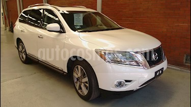 Nissan Pathfinder Exclusive usado (2015) color Blanco precio $315,000