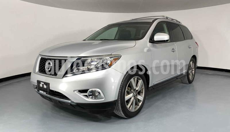 Nissan Pathfinder Exclusive usado (2015) color Gris precio $307,999