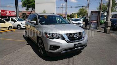Nissan Pathfinder Exclusive 4x4 usado (2017) color Plata precio $412,000