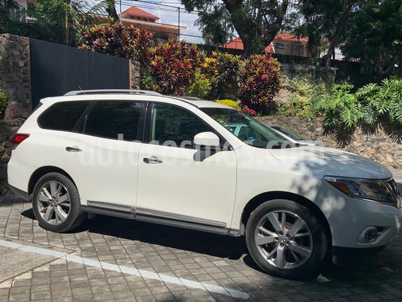 Nissan Pathfinder Exclusive usado (2013) color Blanco precio $229,000