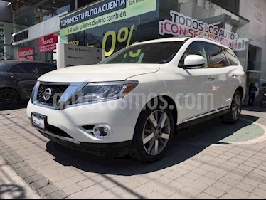 Nissan Pathfinder 5p Exclusive V6/3.5 Aut usado (2016) color Blanco precio $375,000