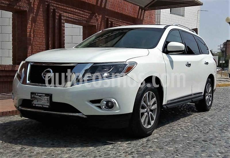 Nissan Pathfinder Advance usado (2014) color Blanco precio $210,000