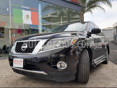 Nissan Pathfinder 5p Exclusive V6/3.5 Aut usado (2015) color Negro precio $315,000