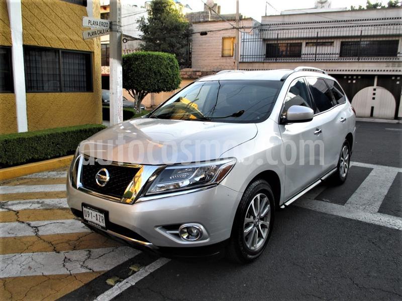 Nissan Pathfinder Sense usado (2015) color Plata precio $239,900