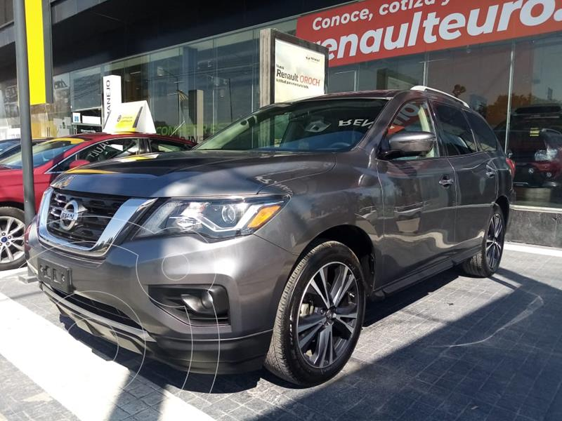 Foto Nissan Pathfinder Exclusive 4x4 usado (2018) color Gris Oxford precio $555,000