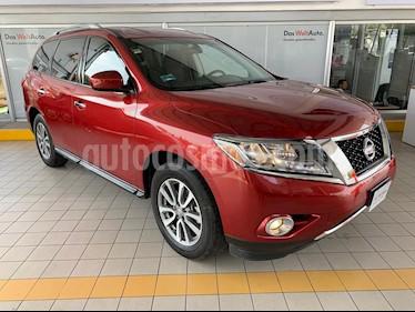 Nissan Pathfinder Sense usado (2016) color Rojo precio $309,900