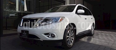 Nissan Pathfinder Advance usado (2014) color Blanco precio $275,000