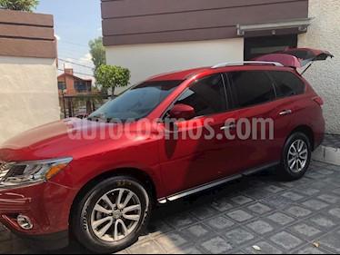 Nissan Pathfinder Sense usado (2016) color Rojo precio $335,000
