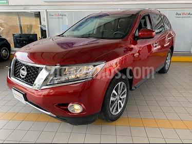 Nissan Pathfinder Sense usado (2016) color Rojo precio $284,900