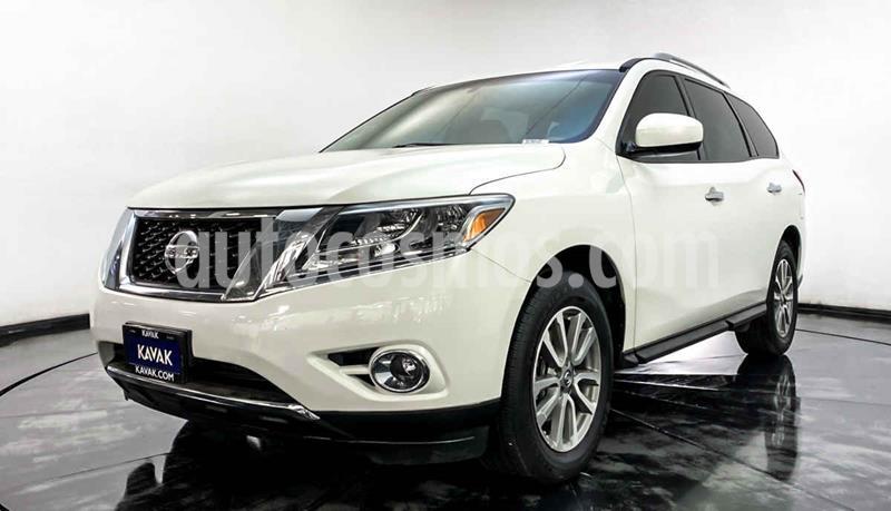Nissan Pathfinder Sense usado (2014) color Blanco precio $244,999