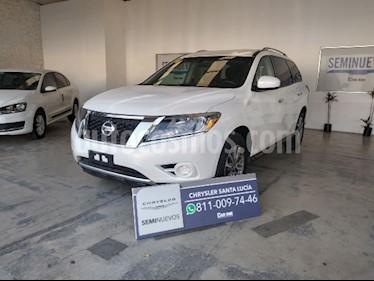 Nissan Pathfinder Sense usado (2014) color Blanco precio $230,000