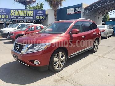 Nissan Pathfinder NP EXCLUSIVE AWD usado (2016) color Rojo precio $330,000