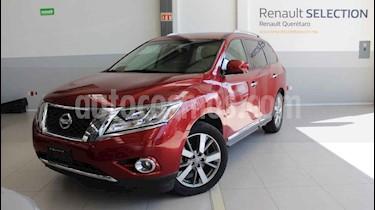 Foto Nissan Pathfinder Exclusive usado (2013) color Rojo precio $220,000