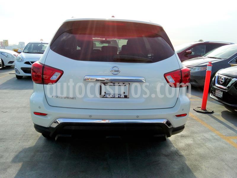 Nissan Pathfinder Exclusive usado (2018) color Blanco precio $587,242