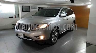 Nissan Pathfinder 5p Exclusive V6/3.5 Aut usado (2014) color Plata precio $269,000