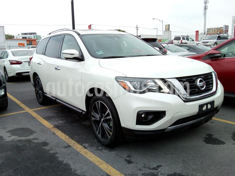 Nissan Pathfinder Exclusive usado (2018) color Blanco precio $594,000