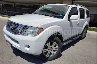 Foto venta Auto usado Nissan Pathfinder SE 4x2 Premium (2010) color Blanco precio $174,000