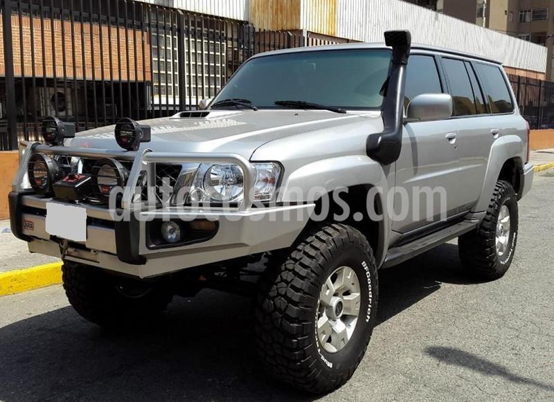 Nissan Patrol TD usado (2009) color Plata precio $800.000