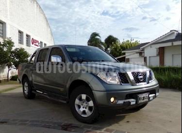 Foto venta Auto usado Nissan Pick Up AX 4x4 2.7 D DC (2011) color Gris Oscuro precio $495.000