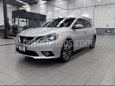 Foto Nissan Sentra 4p Exclusive L4/1.8 Aut Nave usado (2017) color Plata precio $265,000