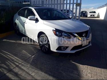 Foto Nissan Sentra 4p Exclusive L4/1.8 Aut Nave usado (2018) color Blanco precio $305,000