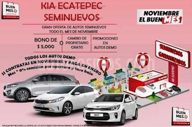 Foto venta Auto Seminuevo Nissan Sentra Advance Aut (2013) color Gris precio $125,000