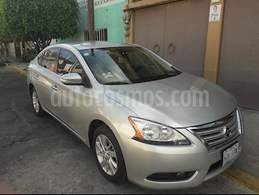 Nissan Sentra Advance usado (2015) color Plata precio $168,000