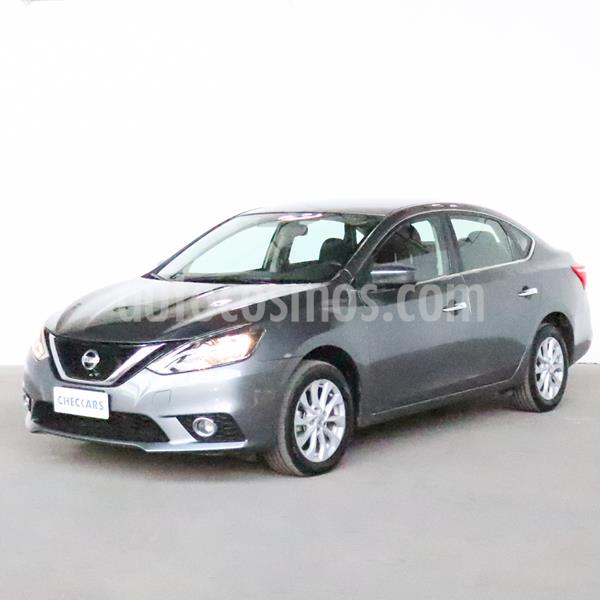 Nissan Sentra Advance usado (2017) color Gris Oxford precio $989.000