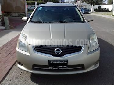 Foto Nissan Sentra Custom CVT Xtronic usado (2010) color Arena precio $98,000