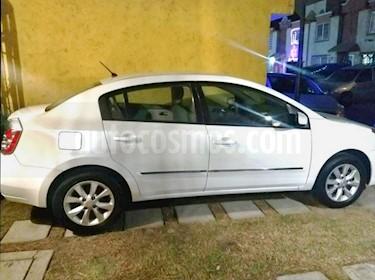 Nissan Sentra Custom usado (2011) color Blanco precio $90,000
