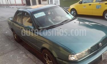 foto Nissan Sentra Ex Saloon  usado (1995) color Verde precio u$s5.000