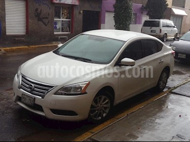 Foto Nissan Sentra Emotion CVT Xtronic usado (2013) color Blanco precio $138,000
