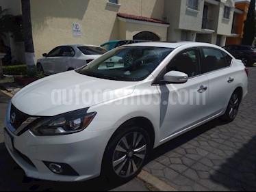 Nissan Sentra Exclusive Aut NAVI usado (2017) color Blanco Perla precio $220,000
