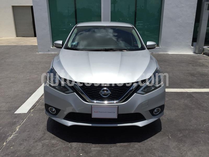Nissan Sentra Advance Aut usado (2018) color Plata precio $215,000