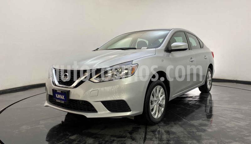 Nissan Sentra Sense Aut usado (2018) color Plata precio $229,999