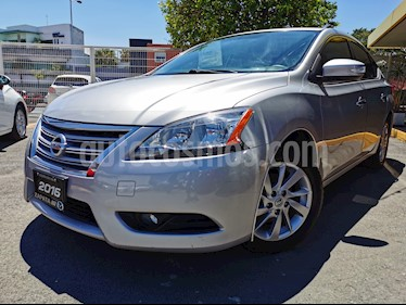 Nissan Sentra Advance usado (2016) color Plata precio $175,000