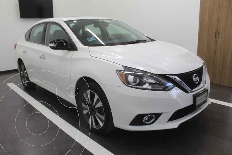 Foto Nissan Sentra Exclusive Aut NAVI usado (2017) color Blanco precio $249,000