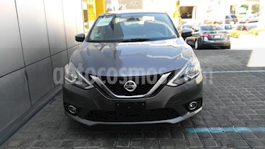 Nissan Sentra 4P ADVANCE L4/1.8 MAN usado (2017) color Gris precio $210,000