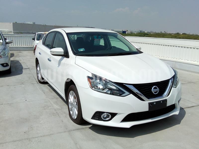 Nissan Sentra Advance usado (2019) color Blanco precio $300,816
