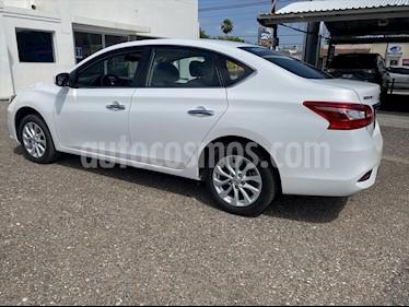 Nissan Sentra Sense Aut usado (2018) color Blanco precio $195,000