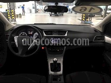 Nissan Sentra 4P ADVANCE L4/1.8 MAN usado (2016) color Plata precio $179,000