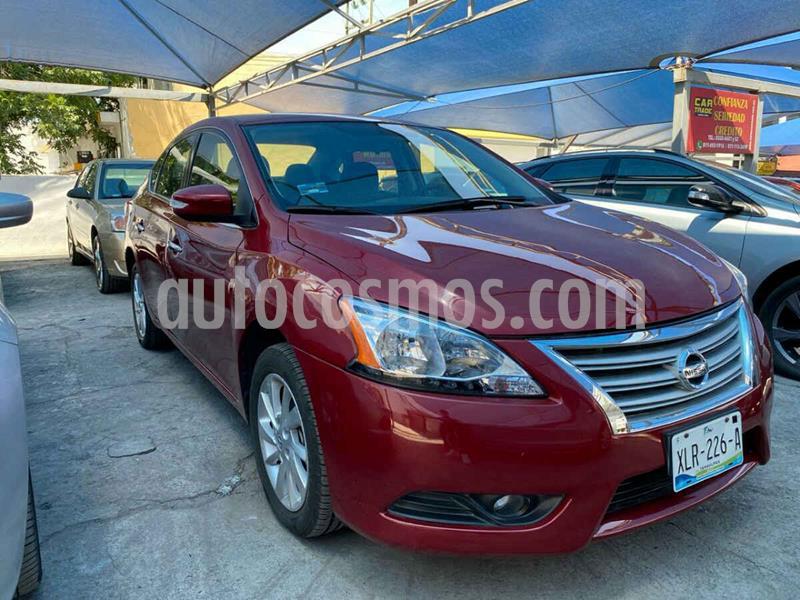 Nissan Sentra Advance Aut usado (2015) color Vino Tinto precio $189,900